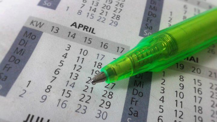 Photo of a pen on a calendar